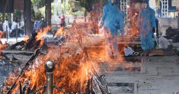 Phát trực tiếp lễ hỏa táng thi thể bệnh nhân COVID-19 ở Ấn Độ