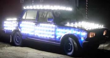 Lắp 300 bóng đèn LED lên xe Lada để chạy đêm