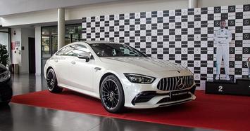 Cận mặt xe Mercedes-AMG GT 53 4Matic+ có giá hơn 6 tỷ
