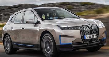 BMW iX mới có thể tự đỗ, tự sạc và nhiều trang bị hiện đại