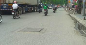 """""""Bẫy hiểm"""" đường phố trực chờ đoạt mạng người tham gia giao thông Hà Nội"""