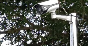 4 camera an ninh đường phố gắn trước nhà cán bộ ở Cà Mau