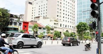Ôtô vượt đèn đỏ bị phạt tới 5 triệu đồng, tài xế bị thu bằng 3 tháng