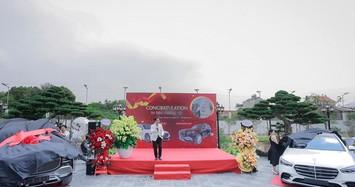 Đại gia lan đột biến Quảng Ninh chi 26 tỷ đồng rinh về cặp Mercedes