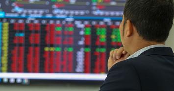 Cổ phiếu VN30 bị bán mạnh, VN-Index tiêu cực và mất hơn 7 điểm
