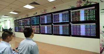VN-Index kết phiên trên mốc tham chiếu, thanh khoản sụt mạnh