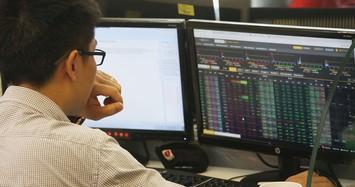 VN-Index vượt ngưỡng 1.310 điểm phiên cuối cùng tháng 7