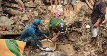 Vụ sạt lở ở Trà Leng: Cuộc tìm kiếm đong đầy nước mắt