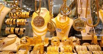 Giá vàng hôm nay 31/12: Đồng USD suy yếu, vàng lấy đà tăng mạnh