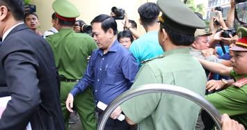 Công an bảo vệ nghiêm ngặt phiên tòa xét xử bị can Nguyễn Hữu Linh dâm ô bé gái