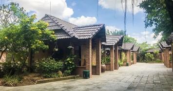 UBKT Thành ủy TP HCM làm việc với chủ Gia Trang Quán - Tràm Chim Resort