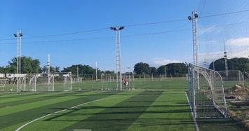Cho thuê 18.000m2 đất sân vận động Cam Ranh với giá 'bèo'