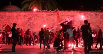 Toàn cảnh vụ đụng độ dữ dội giữa cảnh sát Israel và người Palestine
