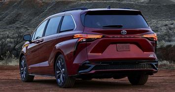 Ngắm Toyota Sienna 2021 mới từ 819 triệu đồng