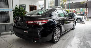 Chi tiết Toyota Camry XLE nhập Mỹ hơn 2,6 tỷ tại Việt Nam