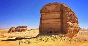 Ngắm lâu đài được tạc từ 1 tảng đá duy nhất