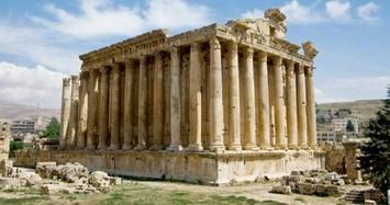 Đền Parthenon nổi tiếng Hy Lạp bị hư hại nghiêm trọng do sự kiện nào?