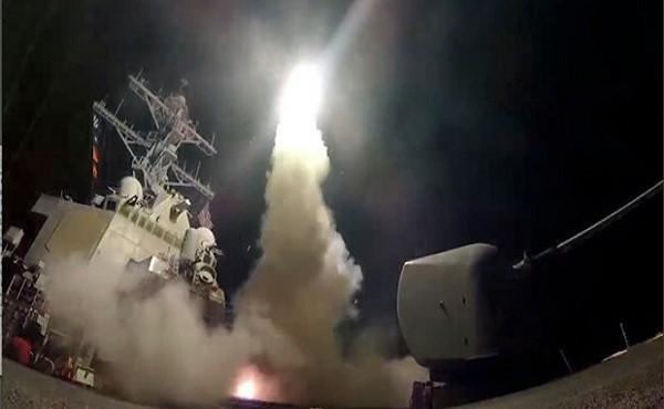 Những lần Mỹ không kích Syria bằng loạt tên lửa
