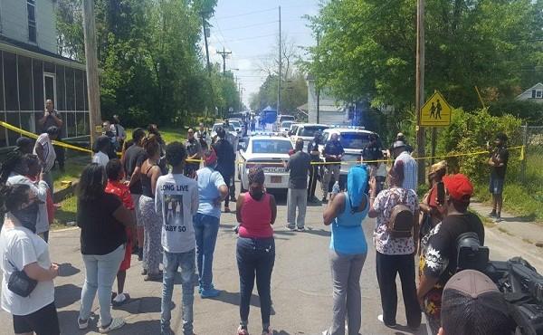 Thêm 1 người da màu bị cảnh sát Mỹ bắn chết
