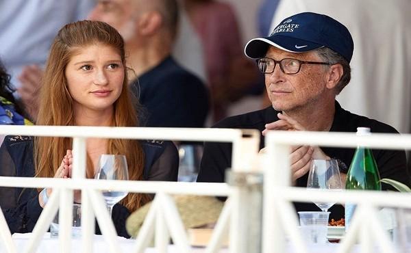 Chân dung cô con gái tài sắc nhà tỷ phú Bill Gates