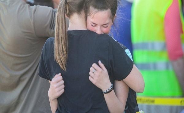 Nữ sinh lớp 6 xả súng tại trường khiến 3 người bị thương