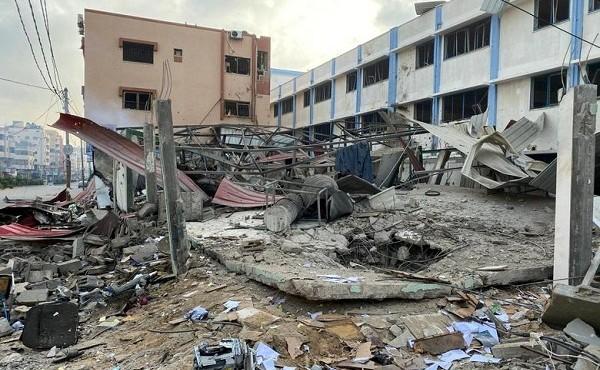 Dải Gaza tan hoang sau đòn không kích của Israel