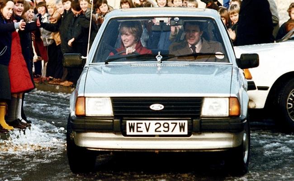 Đấu giá Ford Escort 1981 huyền thoại của Công nương Diana