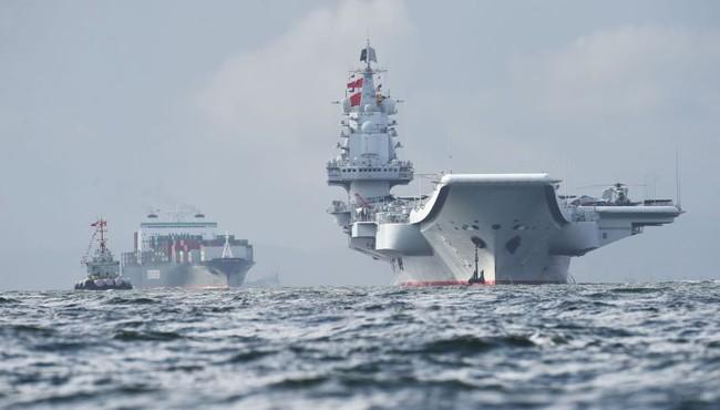Cận cảnh nhóm tác chiến tàu sân bay hùng hậu của Trung Quốc