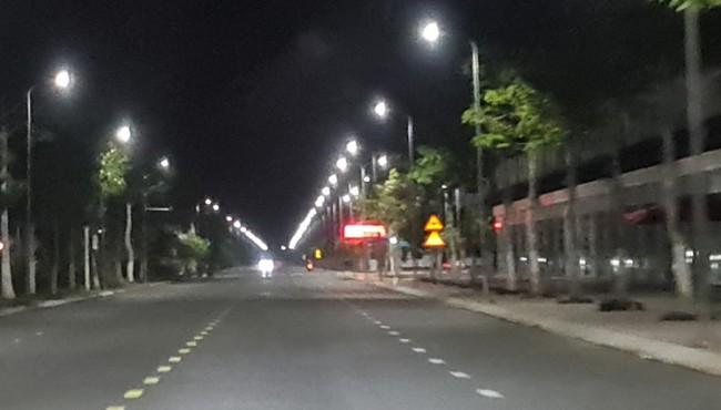 Tranh cãi về dự án 67,5 tỷ đồng thay trên 10.000 đèn LED ở Sóc Trăng