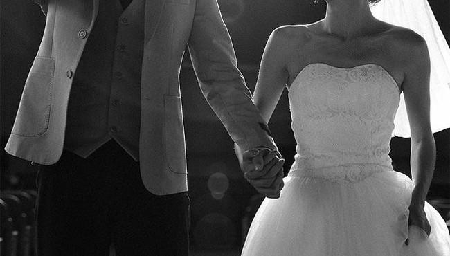 Nỗi đau của chàng trai chia tay người yêu cũ đi lấy chồng