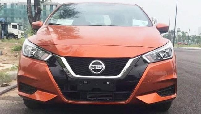 Sedan Nissan Almera 2021 giá rẻ vừa về Việt Nam