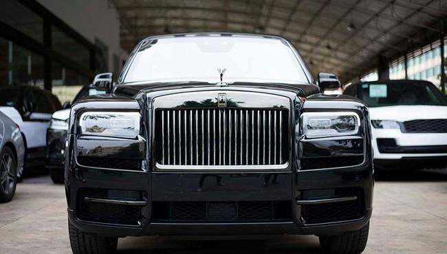 Đại gia sở hữu Rolls-Royce tại Việt Nam mỗi lần bảo dưỡng xe tốn bao nhiêu tiền?