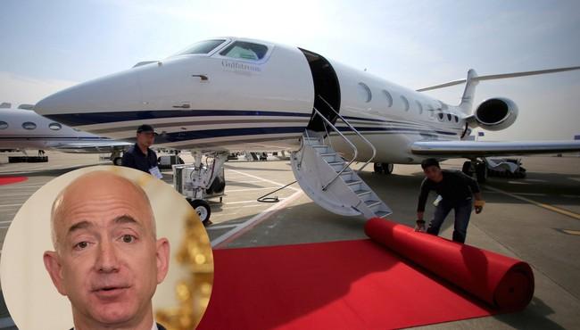 Các siêu tỷ phú Jeff Bezos, Bill Gates, Elon Musk tốn bao nhiêu tiền mua máy bay?