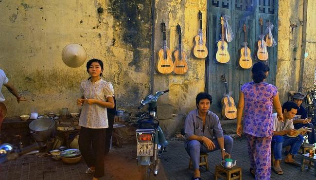 Cà phê vỉa hè Sài Gòn 30 năm trước 'chất lừ'