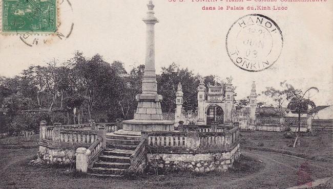 Lăng Hoàng Cao Khải cực đặc biệt trên bưu thiếp trăm tuổi