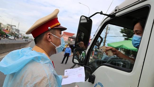 COVID-19: TP HCM, Đồng Nai, Bình Dương sẽ cùng mở cửa ra sao?
