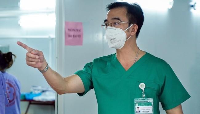 Vì sao Giám đốc Bệnh viện Bạch Mai Nguyễn Quang Tuấn bị khởi tố?
