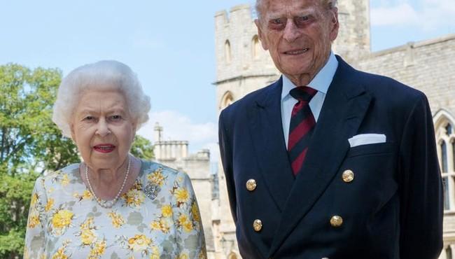 Nhìn lại cuộc hôn nhân 73 năm của Hoàng thân Philip và Nữ hoàng Anh