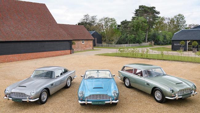 3 chiếc xe Aston Martin DB5 đời cổ bán hơn 129 tỷ đồng