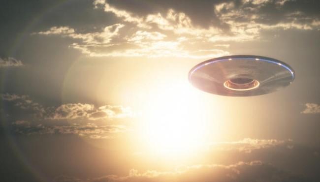 Lầu Năm Góc từng chi 22 triệu USD bí mật điều tra về UFO