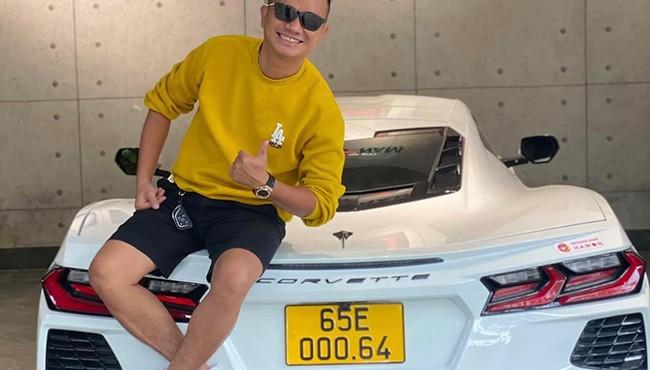 Đại gia Việt chi hơn 8 tỷ mua Corvette C8 chơi trội lắp biển kinh doanh dịch vụ vận tải