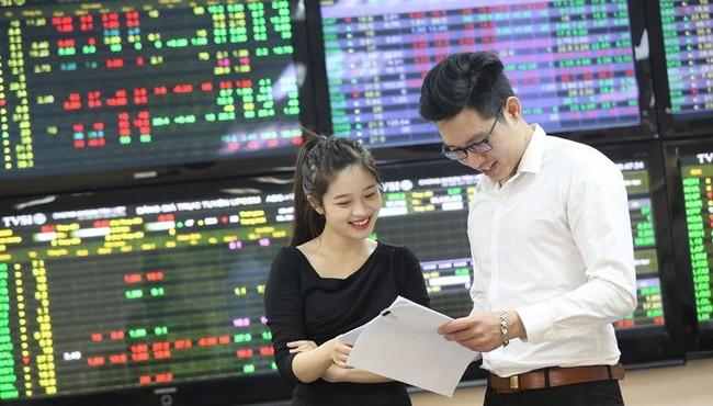 Chứng khoán ngày 4/8: Cổ phiếu nào nên chú ý?