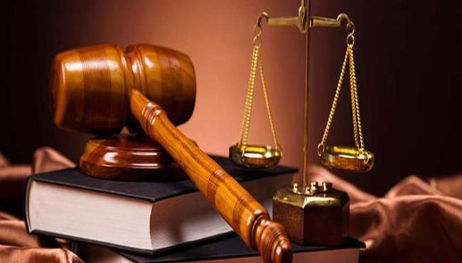 Hai người thân của sếp STB và LPB bị phạt do phạm lỗi công bố thông tin