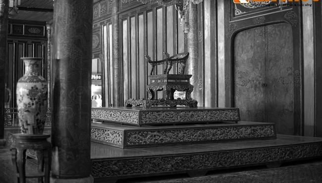 Lịch sử ngai vàng nhà Nguyễn không lay chuyển từ xưa đến nay