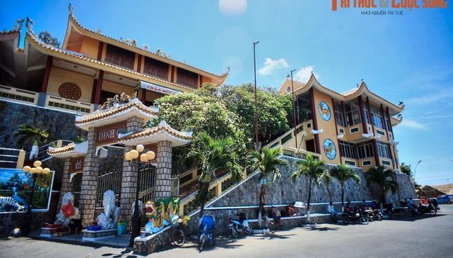 Những dinh thờ gắn với truyền thuyết kỳ bí nổi tiếng Việt Nam