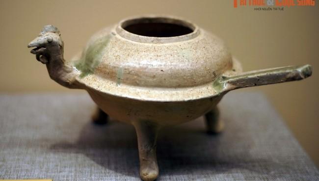 Thực hư lời đồn 'kho báu khổng lồ' trong mộ Hán cổ ở Việt Nam