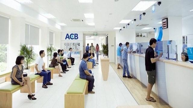 ACB báo lãi quý 3 cao kỷ lục, cổ phiếu tiếp tục tăng mạnh