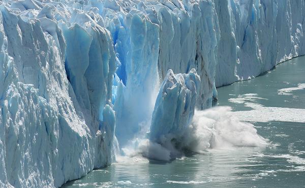 Loạt thảm họa xảy ra khi sông băng huyền thoại tan chảy