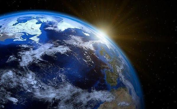 """Trái đất quay chậm lại sau cú tăng tốc """"điên cuồng"""" năm 2020"""