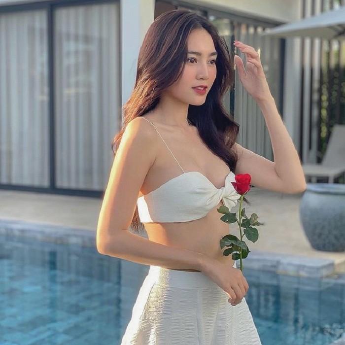 Thoi trang sexy bong mat cua Ninh Duong Lan Ngoc-Hinh-2